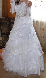 Продам Свадебное платье,  атласное